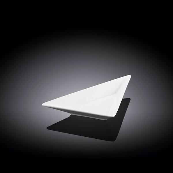 Блюдо треугольное 18,5 см WL‑992406/A